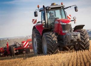 Новые образцы сельхозтехники показали на выставке «День поля» в Ставропольском крае