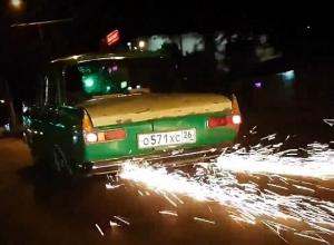 Высекающий искры «Ублюдок»: хозяин известного в Ставрополе зеленого «Москвича» о реакции прохожих на его автомобиль и отношениях с ГАИ