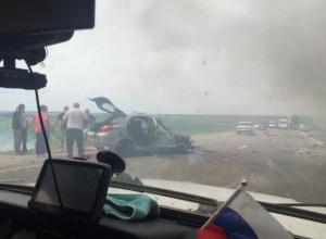 Водитель иномарки спровоцировала лобовое столкновение и погибла