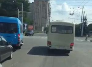 «Почему маршрутчики подрезают муниципальные автобусы?» - жительница Ставрополя