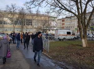 Истекающий кровью водитель белой «Гранты» сбил женщину в Ставрополе