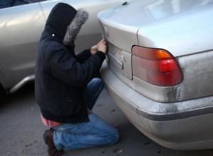 Мошенники крадут автомобильные номера и шантажируют людей в Ставрополе