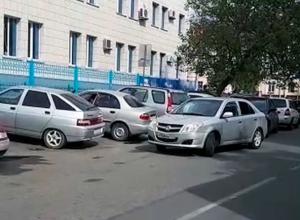 «Водители занимают места для лиц с ограниченными возможностями» - житель Ставрополя