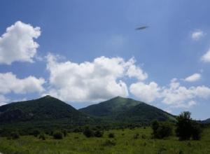 Загадочное НЛО над горой Бештау разглядел фотограф-любитель из Ставропольского края