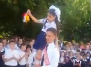 Последний звонок 24 мая прозвенел для десятков тысяч выпускников на Ставрополье