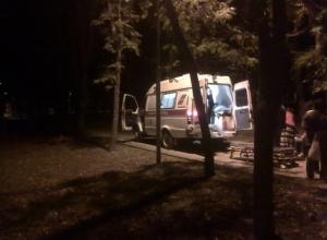 Сломавшая шейку бедра женщина целый час терпела адскую боль из-за отсутствия подъезда для «скорой» в парке Ессентуков