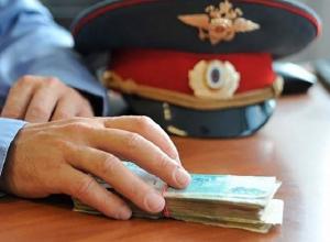 Полицейский за вознаграждение предоставлял сведения об умерших ритуальным фирмам на Ставрополье