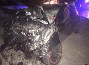 На Ставрополье погибли 5 человек при столкновении легковушек