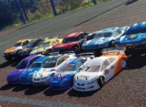 «Дорогие игрушки»: гонки на радиоуправляемых болидах за десятки тысяч рублей прошли в Железноводске