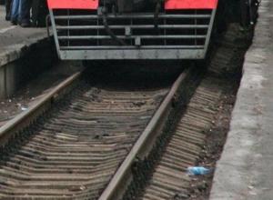 Спешившую пенсионерку насмерть задавил поезд в Пятигорске