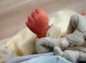 3-месячная девочка с высокой температурой умерла через 15 минут после прибытия в больницу на Ставрополье