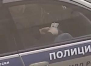 Взятку полицейскому снял на видео житель Пятигорска