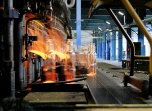 Более двух тысяч ставропольчан остаются без средств к существованию из-за долгов стекольных заводов