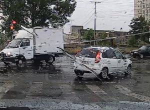 Под прикрытием дождя: ставропольские водители ездили на красный и пересекали две сплошные