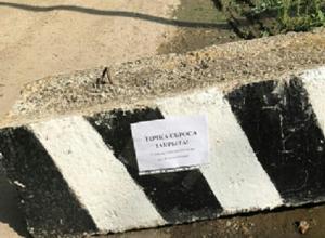 Жители Михайловска задыхаются от зловония из-за переполненной канализации