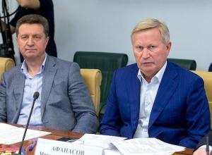 Катера и 300 миллионов: «маленькие слабости» сенаторов от Ставрополья