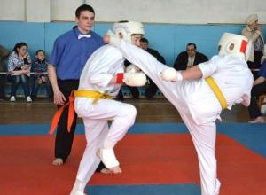 На кубке КМВ по каратэ лучшими стали бойцы из Пятигорска