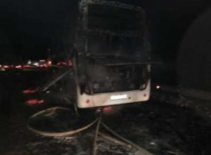 Рейсовый автобус «Москва-Ставрополь» полностью уничтожен огнем под Воронежем