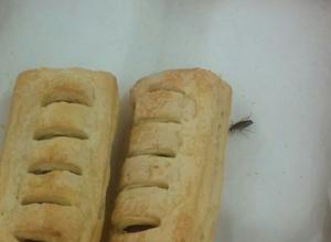 Булочки с тараканами возмутили покупателей в гипермаркете Ставрополя