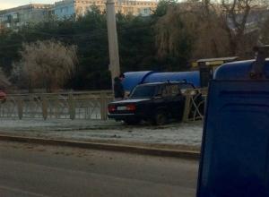 «Крутое пике» в исполнении ВАЗ-2107 вызвало шквал насмешек жителей Ставрополя