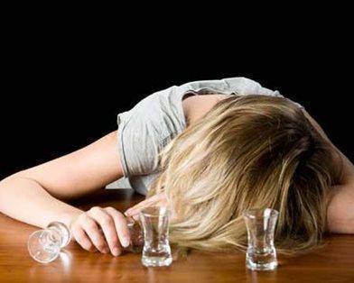 В Ставрополе школьница попала в реанимацию с алкогольным отравлением