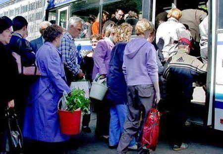 Дачные автобусы Ставрополя вышли по 12 маршрутам