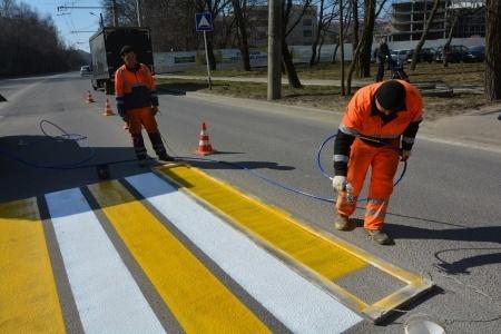 В Ставрополе обновляют дорожную разметку