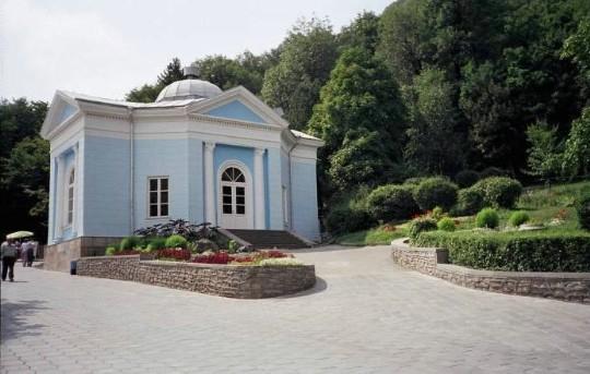 Законность введения платы за минеральную воду в бюветах Ставрополья проверит прокуратура
