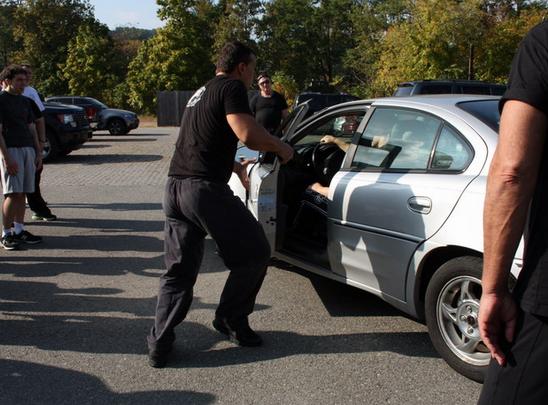 Полицейский на Ставрополье подозревается в угоне автомобиля