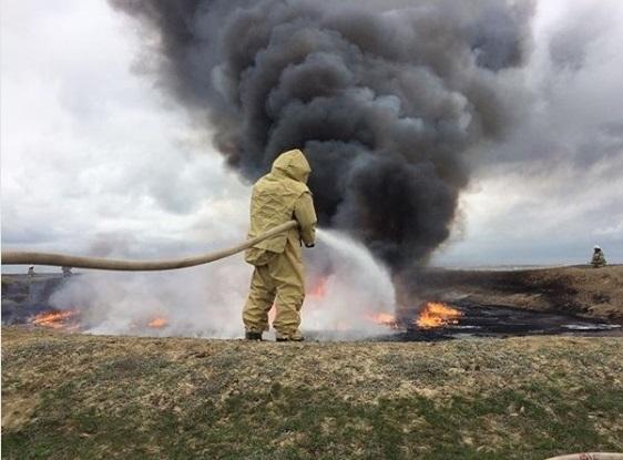 На Ставрополье загорелось нефтехранилище