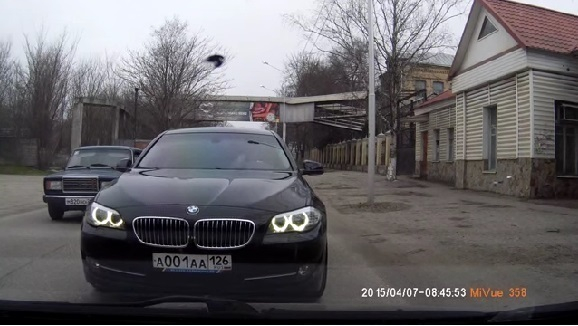 Общественник обжаловал поведение на дороге автомобиля а001аа126