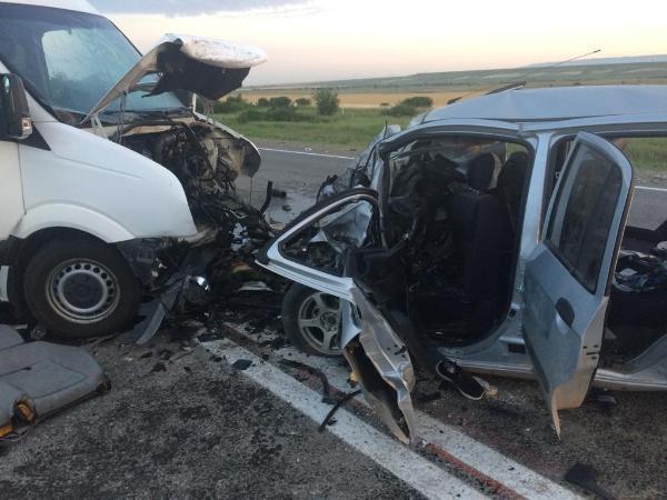 На Ставрополье произошло ДТП с двумя погибшими
