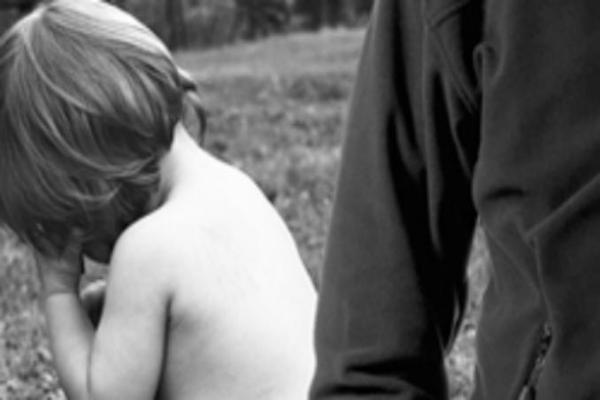 НаСтаврополье педофил издевался над девочкой иснимал все накамеру