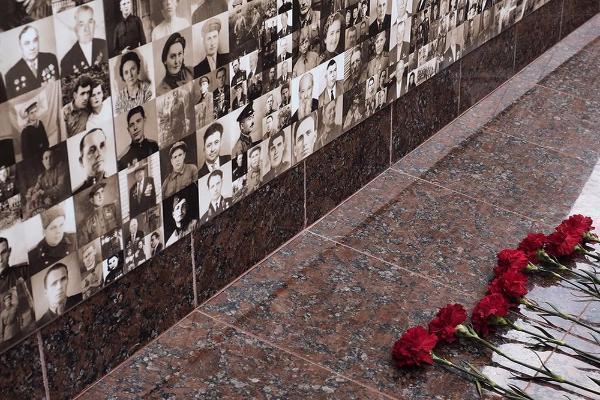 Ставропольцы могут принести фотографии своих героев для пополнения Стены памяти