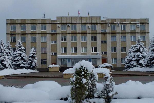 Вымогавшие у предпринимателя взятку два депутата осуждены наСтаврополье