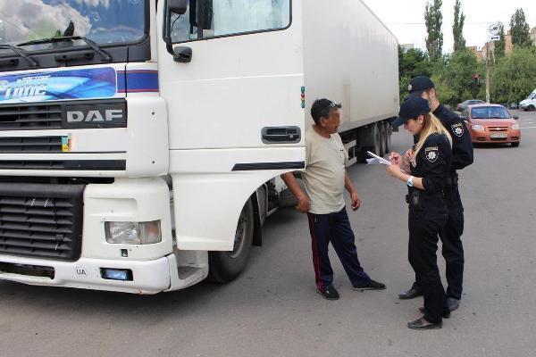ВСтаврополе ввели запрет напроезд большегрузного транспорта вдневное время