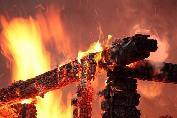 При пожаре сгорели два человека наСтаврополье