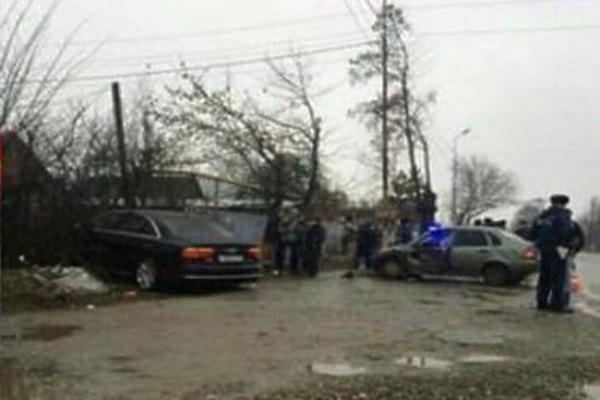 НаСтаврополье угодила вДТП машина заместителя генерального прокурора Сыдорука