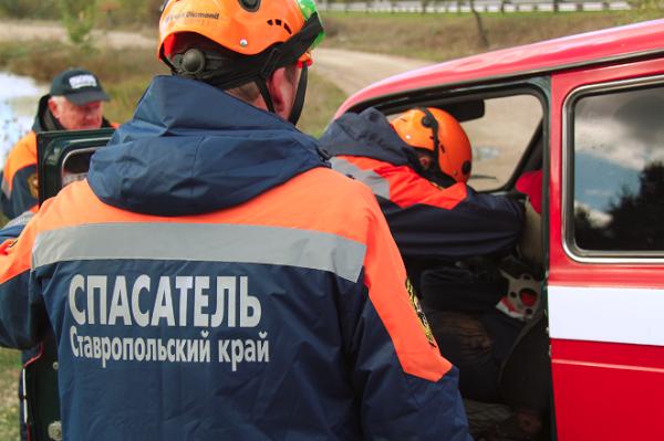 НаСтаврополье вДТП сКамАЗом умер один ипострадали двое
