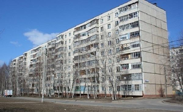 Стена рухнула в квартире многоэтажки Ставрополя
