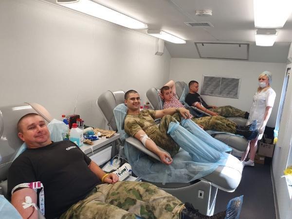 На Ставрополье сотрудники ОМОН приняли участие во Всемирном дне донора крови