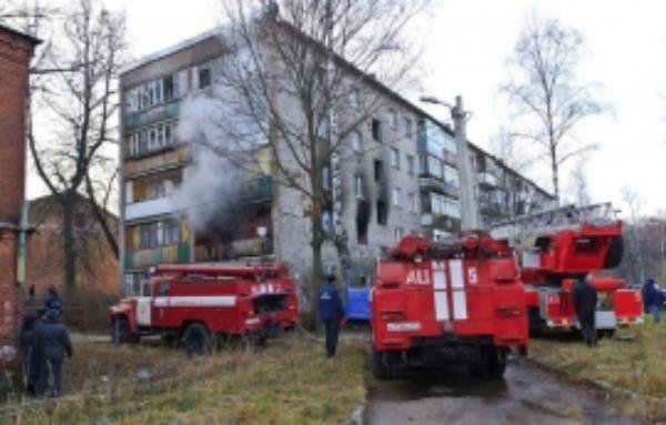 В пожаре сгорела кровля дома на улице Трунова в Ставрополе