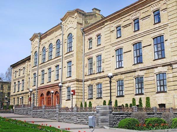 СГАУ стал единственным аграным университетом в Топ-50 лучших вузов России
