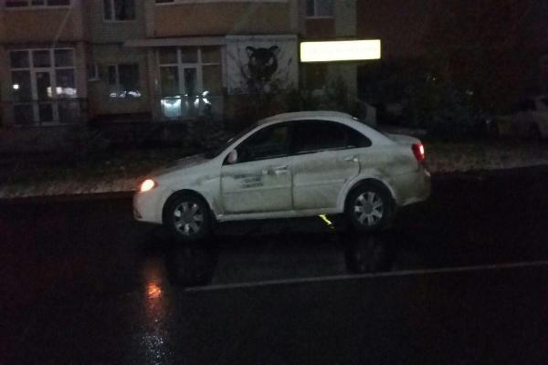 Иностранная машина сбила выскочившего надорогу подростка вСтаврополе