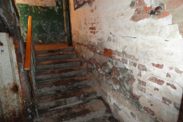 Жители Ставрополя возмутились качеством капремонта старинного дома в центре города