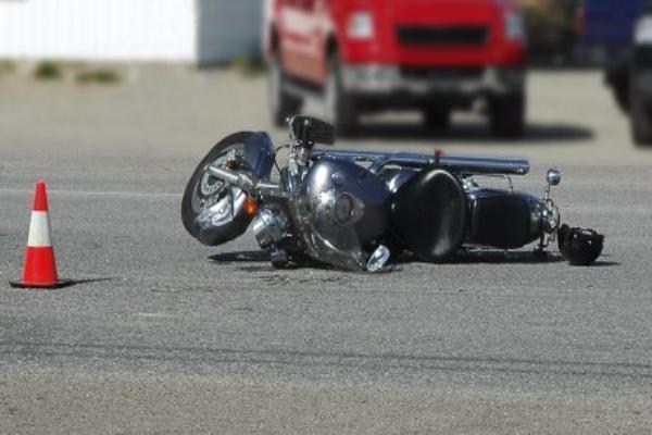 Мотоцикл и «ВАЗ» столкнулись на Ставрополье