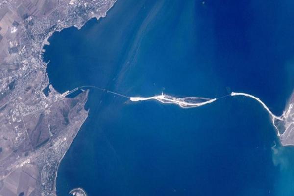 Снимок Керченского моста из космоса сделал ставропольский космонавт Олег Скрипочка