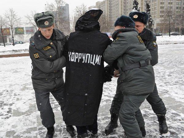 Бывшего начальника ОБЭП и ПК МВД осудили на 4,5 года за покушение на взяточничество на Ставрополье