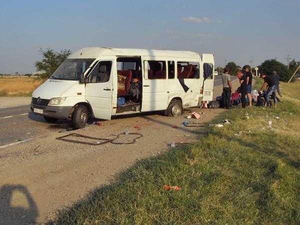 На Ставрополье автобус из Армении попал в ДТП: 17 человек пострадали
