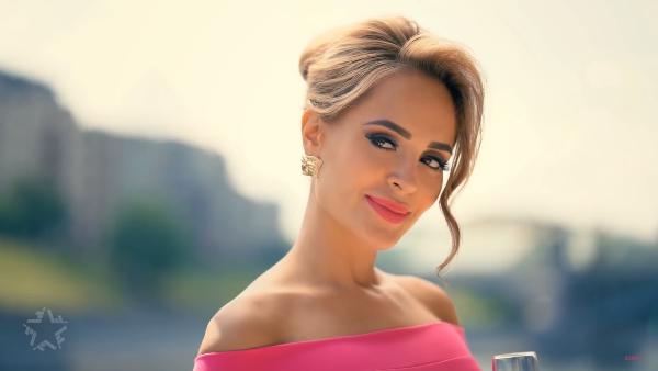 Клип звезды из Ставрополя Анны Калашниковой появился в сети